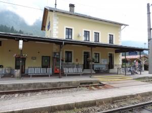 Bahnhof Obertraun-Dachsteinhöhlen by Priwo CC BY-SA 3.0